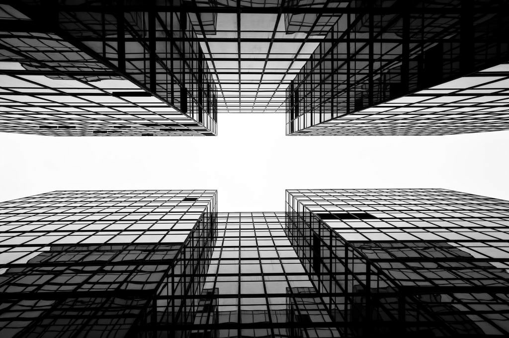 Hong Kong: Investment opportunities, conducting business and the legal system
